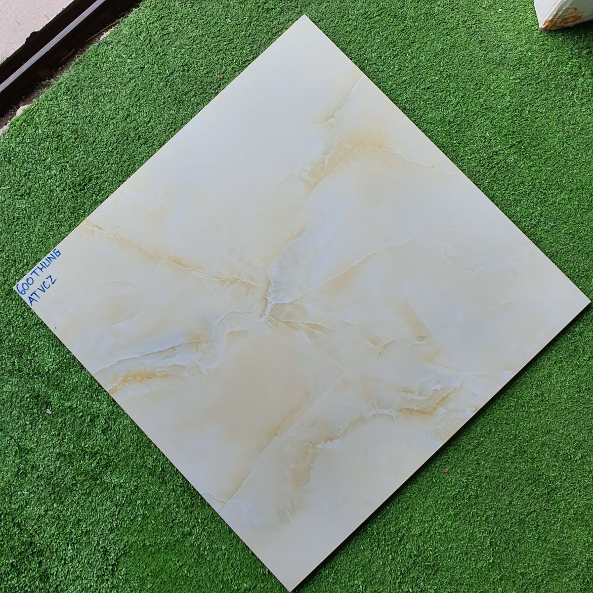 Gạch bóng kiếng 60x60 cao cấp giá rẻ, gạch lát nền 60x60 giá rẻ