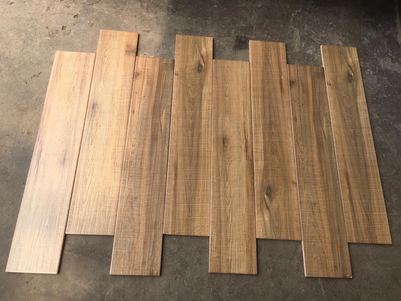 Gạch vân gỗ 15x80 CMC - gạch giả gỗ 15x80 giá rẻ